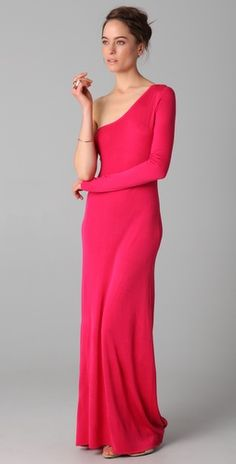 Simple and elegant, this fine-knit one-shoulder maxi dress features an asymmetrical neckline.