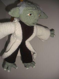 Crochet Yoda - free pattern