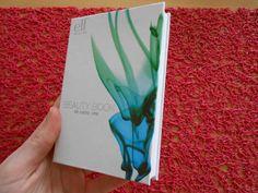 Chic (#91586) http://www.eyeslipsface.fr/produit-beaute/beauty-eyes-book-essentiels-pour-yeux-printemps