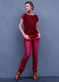 Tee-shirt bi-matière coton/modal imprimé pois, pantalon femme droit toucher peau de pêche et boots femme talon cuir
