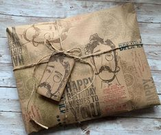 """Michelle Stratten on Instagram: """"Done ☑️ Quick and easy wrapping for the win 🤎🤎 #tim_holtz #stampersanonymous #ranger_ink"""" Tim Holtz Stamps, Stampers Anonymous, Envelope Art, Ranger Ink, Dapper, Wraps, Reusable Tote Bags, Gift Wrapping, Gifts"""