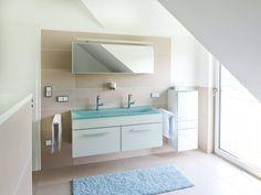 Exklusive Villa von ALBERT Haus Bad • Mit Musterhaus.net Traumhaus finden und Badezimmer zum Wohlfühlen gestalten.