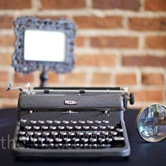 #Typewriter #Guest #Book for  a #vintage #wedding