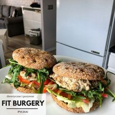 fit burger Breakfast Recipes, Dinner Recipes, Lunch To Go, Best Food Ever, Food Inspiration, Healthy Recipes, Healthy Food, Food Porn, Good Food