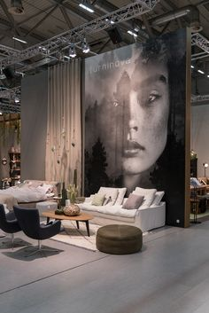 Large print with great effect at Furninovas 1400 m2 large exhibition stand at IMM 2017 in Cologne. www.ambiente.dk
