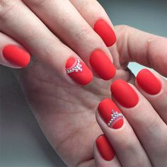 Red nail designs can be tricky if you do not know a thing or two about them. If you are just a beginner, then you'd better stick to something simpler.