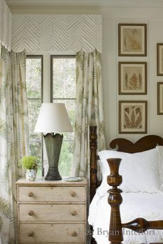 Guest Bedroom - Liza Bryan Interiors and Summerour Architects.