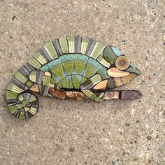 Best 10 Chameleon created by Wendy's Mosaic Designs Ceramic Mosaic Tile, Mosaic Wall, Mosaic Glass, Pebble Mosaic, Mosaic Flower Pots, Mosaic Garden, Glass Wall Art, Stained Glass Art, Mosaic Designs