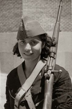 """Spanish Republican Soldier - Republican Women during the Spanish Civil War"""" by Dolores Martín Moruno Women In History, World History, World War Ii, Military Women, Military History, Spanish War, Nazi Propaganda, Military Coup, Female Soldier"""