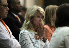 As Wendy Davis touts life story in race for governor, key facts blurred | Dallas Morning News