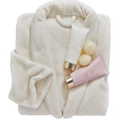 The Indulgence Collection Indulgence Bathrobe Set (205 RON) ❤ liked on Polyvore featuring beauty products, gift sets & kits and bubble bath