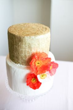Gold and Poppy Wedding Cake | Poppies & Pastels Styled Shoot by Davene Prinsloo | SouthBound Bride