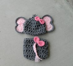 Handmade, crochet Elephant Hat, Elephant outfit, Elephant Photo prop with bow, Newborn girl hat