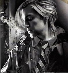 Alex Band from The Calling.  Love this picture...