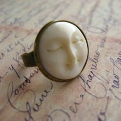 nice Bone Moon Face Antique Brass Ring - Serenity Moon Ring