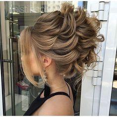 elstile:  Wedding hair at @elstilespb | свадебная причёска в @elstilespb #elstile #эльстиль _______________________________________________________  МОСКВА  7 926 910.6195 (звонки what'sApp viber)  8 800 775 43 60 (звонки)  ОБУЧЕНИЕ прическам и макияжу  @elstile.models  elmarriage.ru  elstile.ru _______________________________________________________  PASADENA CA  1 626 319.9000  WEDDING HAIR & MAKEUP  hair courses  elstile.com…