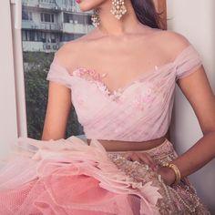 Indian Fashion Dresses, Indian Designer Outfits, Designer Clothing, Designer Dresses, Dresses Online Usa, Bridal Dresses Online, Wedding Saree Blouse Designs, Lehenga Designs, Heavy Lehenga