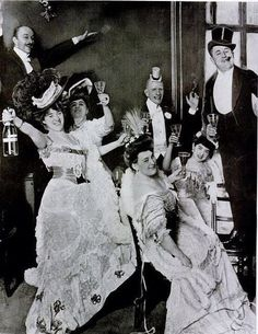vintage everyday: Vintage Photos of People Greeting New Year from 100 Years ago