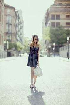 Leather dress #blogsmoda #fashionblog #lookbook #leatherdress #summer #streetstyle #black&white #outfitsummer