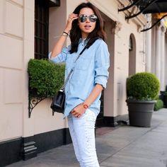 """1058088d2ba MODAAZ on Instagram  """"Tons mais claros 💙⠀ .⠀ A calça jeans é a peça mais  curinga que temos em nosso guarda-roupa"""