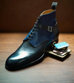 Legendary clothier, The Armoury, is back in London Town on Sept. 28th-29th, bringing with them this time, the famed Viennese shoemaking firm Saint Crispin's. I for one am quite excited. While I unf...