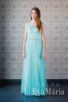 Modré čipkované šaty na ples zdobené opaskom na ramienka Salons, Dresses, Fashion, Moda, Lounges, Vestidos, Living Rooms, Fashion Styles, Dress