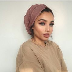 how do I tie it? Hijab Turban Style, Mode Turban, Bad Hair, Hair Day, Curly Hair Styles, Natural Hair Styles, Afro, Head Scarf Styles, Head Wrap Scarf