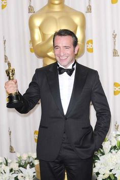 Jean Dujardin's Oscar song and dance is getting old Oscars 2012, Jean Dujardin, Getting Old, Gossip, Suit Jacket, Breast, Dance, Actors