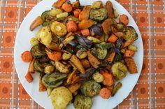 DSC_1243 Vegan Vegetarian, Vegetarian Recipes, Healthy Recipes, Healthy Foods, Kung Pao Chicken, Ratatouille, Feta, Cake Recipes, Vegetables