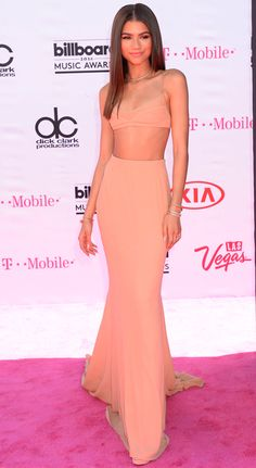 Zendaya veste Calvin Klein no Billboard Music Awards