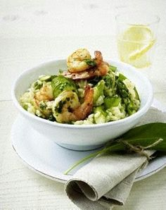 Bärlauch-Spargel-Risotto mit Garnelen The recipe for wild garlic asparagus risotto with shrimp and more free recipes on LECKER. Rice Recipes For Dinner, Mexican Dinner Recipes, Grilled Shrimp Recipes, Wild Garlic, Shrimp Dishes, Nutritious Meals, Summer Recipes, Easter Recipes, Food And Drink