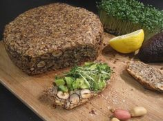 """Dieses """"lebensverändernde"""" Brot backe ich momentan so einmal in der Woche. Es i… At the moment I bake this """"life-changing"""" bread once a week. Very easy if you have the ingredients first, very variable, and great g # tasty! Clean Recipes, Low Carb Recipes, Healthy Recipes, Law Carb, Paleo, Low Carb Bread, Healthy Baking, Superfood, Soul Food"""
