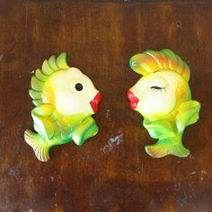 Kissing chalkware fish! #etsy #vintage
