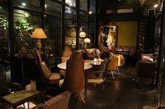 Very nice and homy! Khaki Cafe Taipei