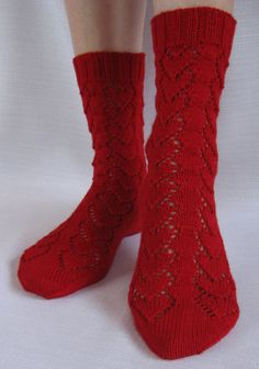 Hearts Forever Socks Knitting pattern by Jo-Anne Klim Knitting Socks, Hand Knitting, Knit Socks, Fingering Yarn, Lace Heart, Knit In The Round, My Socks, Garter Stitch, Knitting Projects