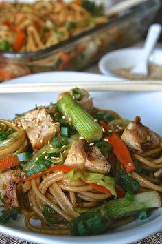 Szechuan Chicken, Tso Chicken, Chicken Chow Mein, Grilled Chicken, Thai Peanut Salad, Beef Recipes, Chicken Recipes, Great Recipes, Dinner Recipes