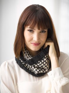 Concerto Cowl ~ Free Pattern from Lion Brand