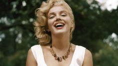 """Sylvie Lécallier, commissaire de l'exposition """"Marilyn, I Wanna Be Loved By You"""" à Aix-en-Provence, évoque la relation de l'icône de cinéma à la photographie et aux photographes et nous offre un nouveau regard sur Marilyn. Retour sur son parcours de modèle, qui, jusqu'au bout, contrôl[...]"""