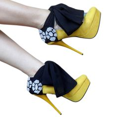 """""""Heel Condoms"""" are a way to decorate a plain pair or pumps."""