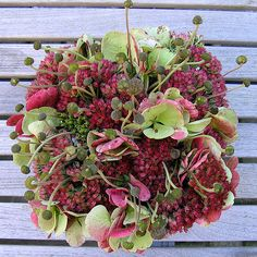 Deco Floral, Floral Design, Flower Decorations, Christmas Decorations, Front Door Decor, Garden Styles, Flower Power, Floral Arrangements, Greenery