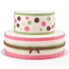 With this Wilton mold, it's easy to create detailed button and lace/ribbon shapes to place on your cake.