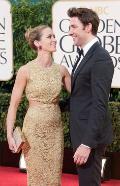 John Krasinski and Emily Blunt Owned Jimmy Kimmel in a Holiday Prank War Hollywood Couples, Celebrity Couples, Celebrity News, Celebrity Photos, Celebrity Stars, Celebrity Beauty, Golden Globe Award, Golden Globes, John Krasinski Emily Blunt