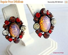 ON SALE Glamorous Claudette art glass Earrings by popgoesmyvintage