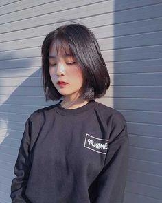 Super Short Hairstyles for Asian Women Asian Girl Short Hair Short Textured Hair, Short Straight Hair, Short Hair Cuts, Short Hair Styles, Korean Short Hair Bangs, Very Short Haircuts, Short Hairstyles For Women, Straight Hairstyles, Pelo Ulzzang