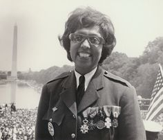 Josephine Baker wearing the medals she was awarded for her work on behalf of the French Resistance during World War II at a Civil Rights march in Washington DC, 1963 Josephine Baker, Women In History, Black History, Modern History, Civil Rights March, Kings & Queens, French Resistance, By Any Means Necessary, Civil Rights Movement