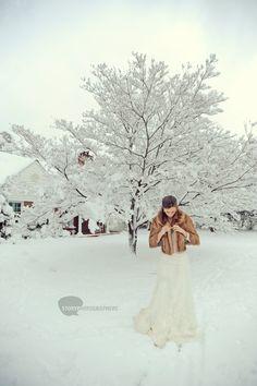 snowy wedding day!