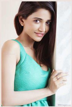 Anaika Soti Hot HD Photos & Wallpapers for mobile - South Indian Actress Hot, South Actress, Peach Color Dress, Actress Priya, Spicy Image, Amy Jackson, Top Celebrities, Tamil Actress Photos, Woman Crush
