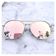 Stylish pair of rose gold Aviator sunglasses Rose gold mirrored sunglasses Trending sunglasses UV protection Cat Eye Sunglasses, Mirrored Sunglasses, Sunglasses Women, Trending Sunglasses, Sunglasses Sale, Wooden Sunglasses, Pink Sunglasses, Inspiration Dressing, Rose Gold Aviators