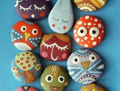 des-galets-décorés-bonhommes-idée-comment-customiser-des-galets-dessins0simples-convenables-pour-enfants