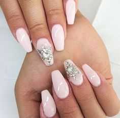 In seek out some nail designs and ideas for the nails? Here's our list of 11 must-try coffin acrylic nails for trendy women. Dope Nails, Bling Nails, Bling Bling, Fabulous Nails, Gorgeous Nails, Pretty Nails, Amazing Nails, Hair And Nails, My Nails